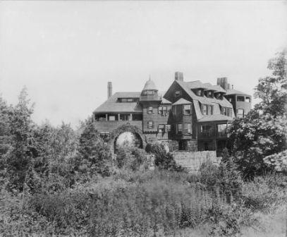 Shingle and Stick style architecture- one of the classic examples of its kind- built in the 1880s and demolished in 1929.